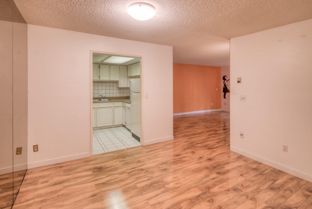 Condo Apartment at 101 2416 W 3RD AVENUE, Unit 101, Vancouver West, British Columbia. Image 5