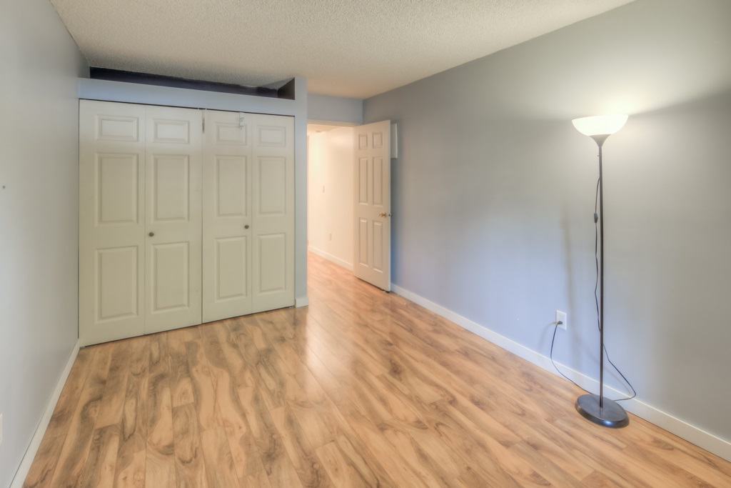 Condo Apartment at 101 2416 W 3RD AVENUE, Unit 101, Vancouver West, British Columbia. Image 10