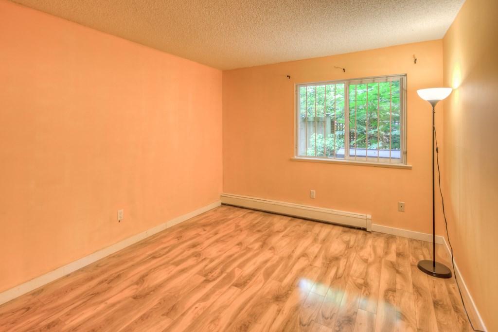 Condo Apartment at 101 2416 W 3RD AVENUE, Unit 101, Vancouver West, British Columbia. Image 11