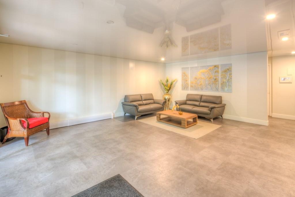Condo Apartment at 101 2416 W 3RD AVENUE, Unit 101, Vancouver West, British Columbia. Image 14