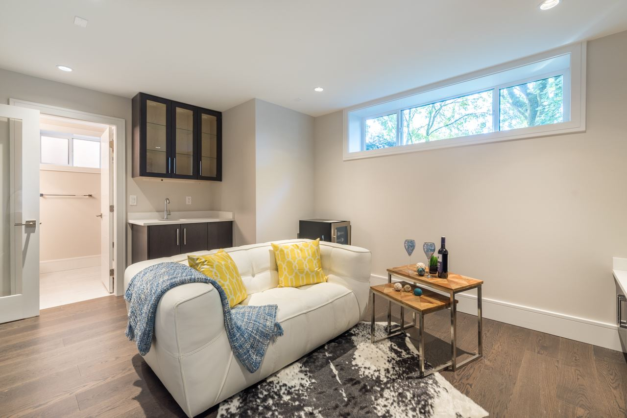 Detached at 3641 W 11TH AVENUE, Vancouver West, British Columbia. Image 11