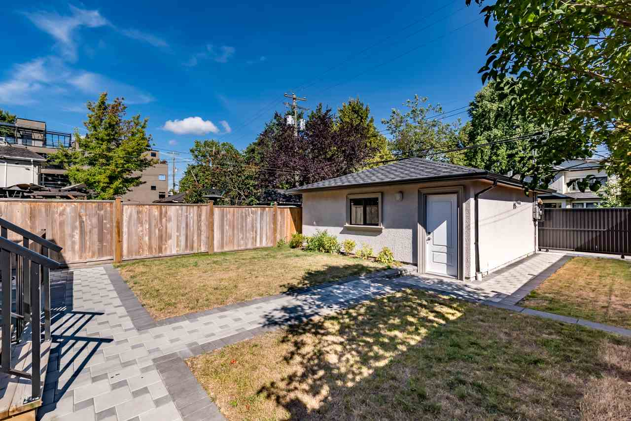 Detached at 3641 W 11TH AVENUE, Vancouver West, British Columbia. Image 19