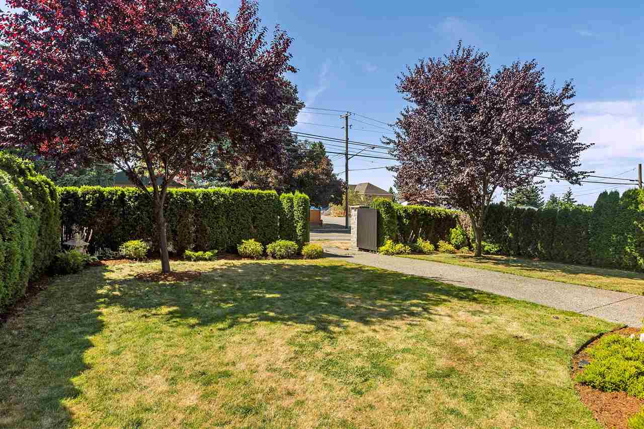 Detached at 18205 60TH AVENUE, Cloverdale, British Columbia. Image 2