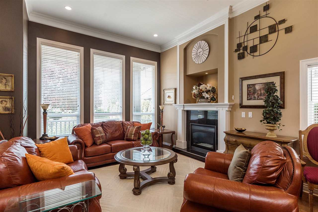 Detached at 18205 60TH AVENUE, Cloverdale, British Columbia. Image 3