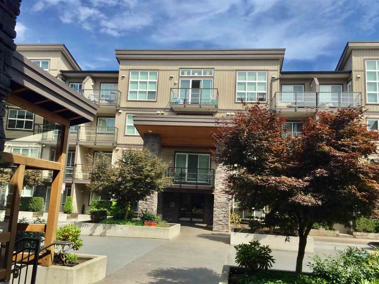 Condo Apartment at 323 30525 CARDINAL AVENUE, Unit 323, Abbotsford, British Columbia. Image 6
