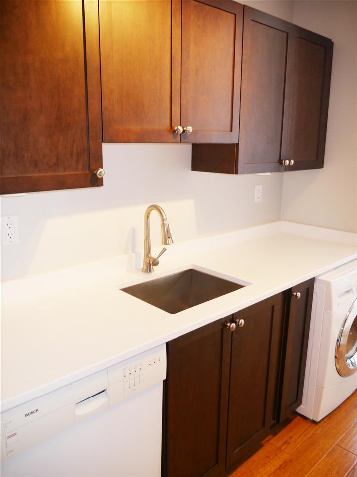 Condo Apartment at 701 1010 HOWE STREET, Unit 701, Vancouver West, British Columbia. Image 7