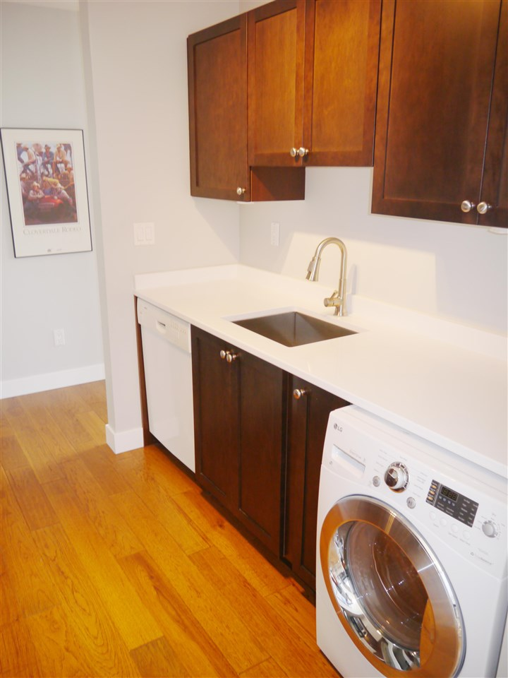 Condo Apartment at 701 1010 HOWE STREET, Unit 701, Vancouver West, British Columbia. Image 8