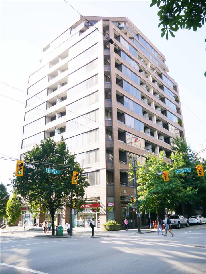 Condo Apartment at 701 1010 HOWE STREET, Unit 701, Vancouver West, British Columbia. Image 13