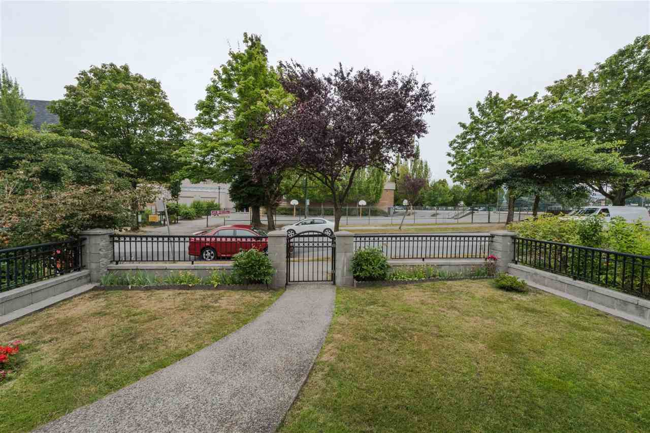 Detached at 2638 FRANKLIN STREET, Vancouver East, British Columbia. Image 2