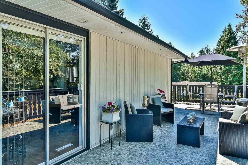 Detached at 14705 69 AVENUE, Surrey, British Columbia. Image 17