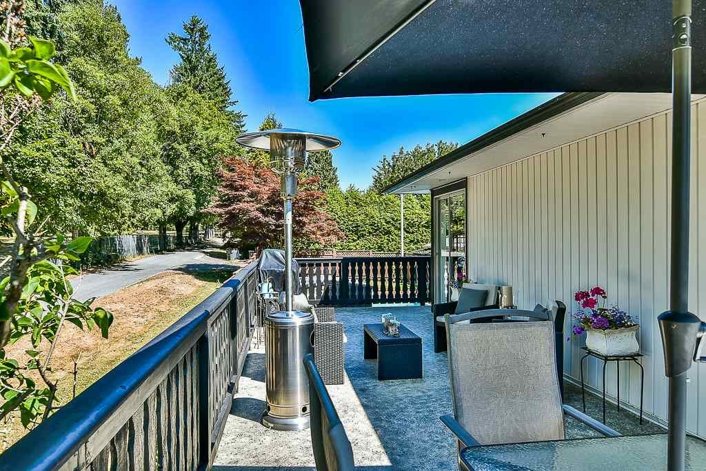 Detached at 14705 69 AVENUE, Surrey, British Columbia. Image 18