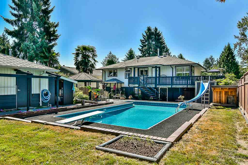 Detached at 14705 69 AVENUE, Surrey, British Columbia. Image 20