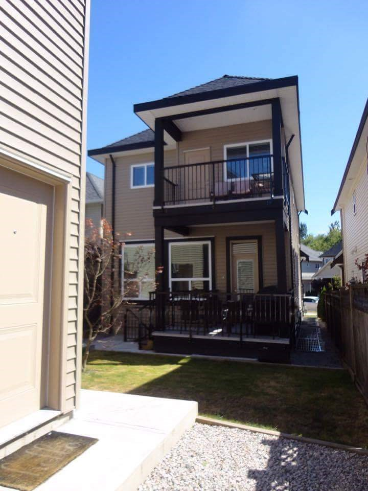 Detached at 19059 67A AVENUE, Cloverdale, British Columbia. Image 3