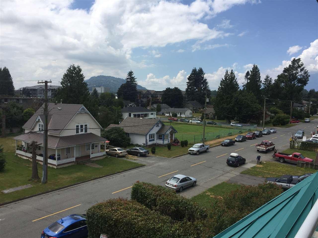 Condo Apartment at 304 45745 PRINCESS AVENUE, Unit 304, Chilliwack, British Columbia. Image 17
