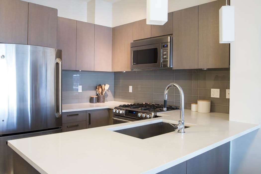 Condo Apartment at 302 10155 RIVER DRIVE, Unit 302, Richmond, British Columbia. Image 4
