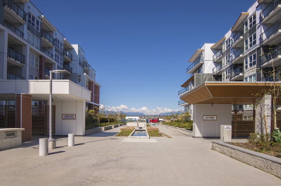 Condo Apartment at 302 10155 RIVER DRIVE, Unit 302, Richmond, British Columbia. Image 11