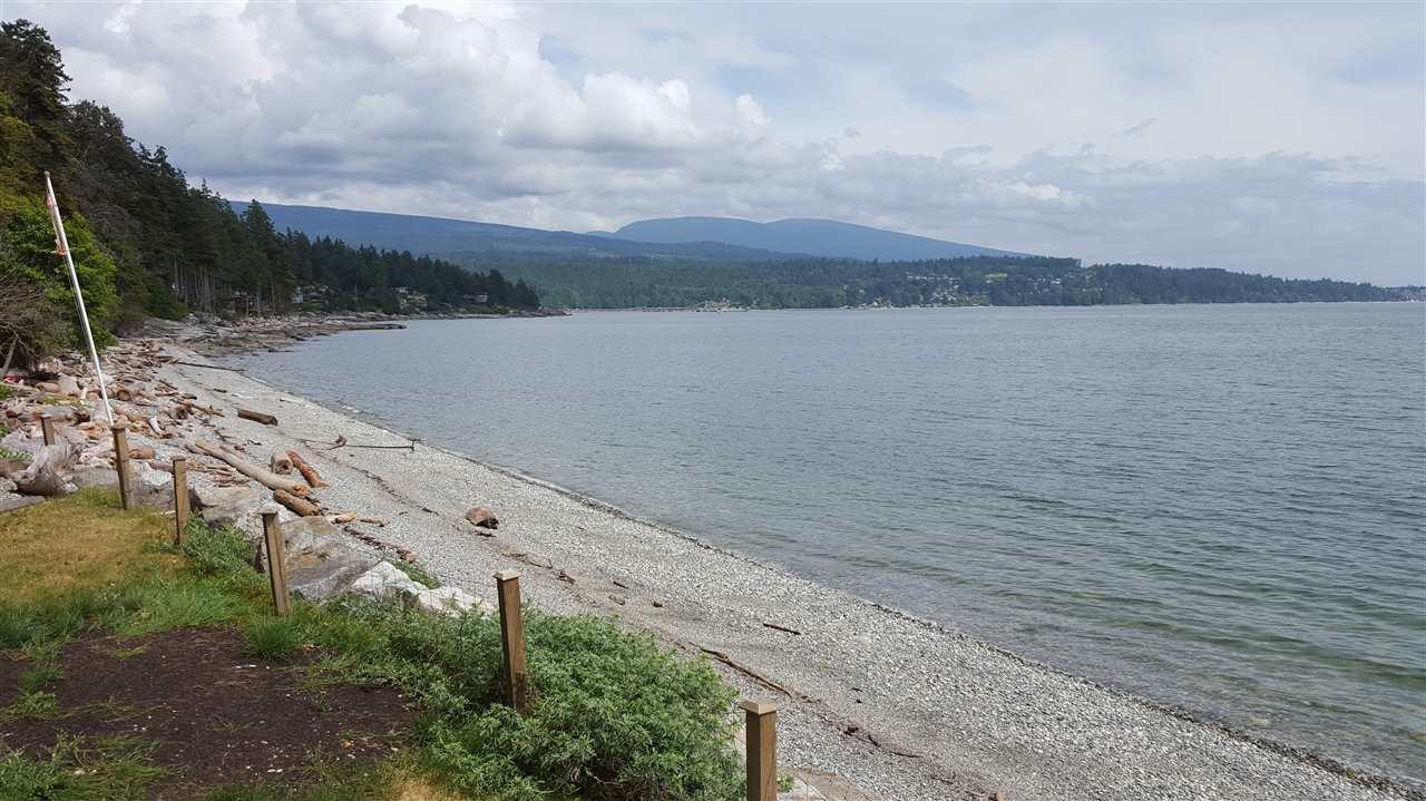 Detached at 6153 SUNSHINE COAST HIGHWAY, Sunshine Coast, British Columbia. Image 1