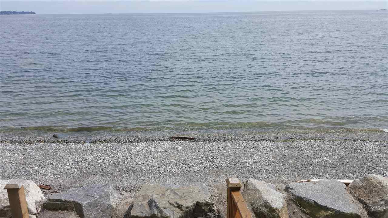 Detached at 6153 SUNSHINE COAST HIGHWAY, Sunshine Coast, British Columbia. Image 3