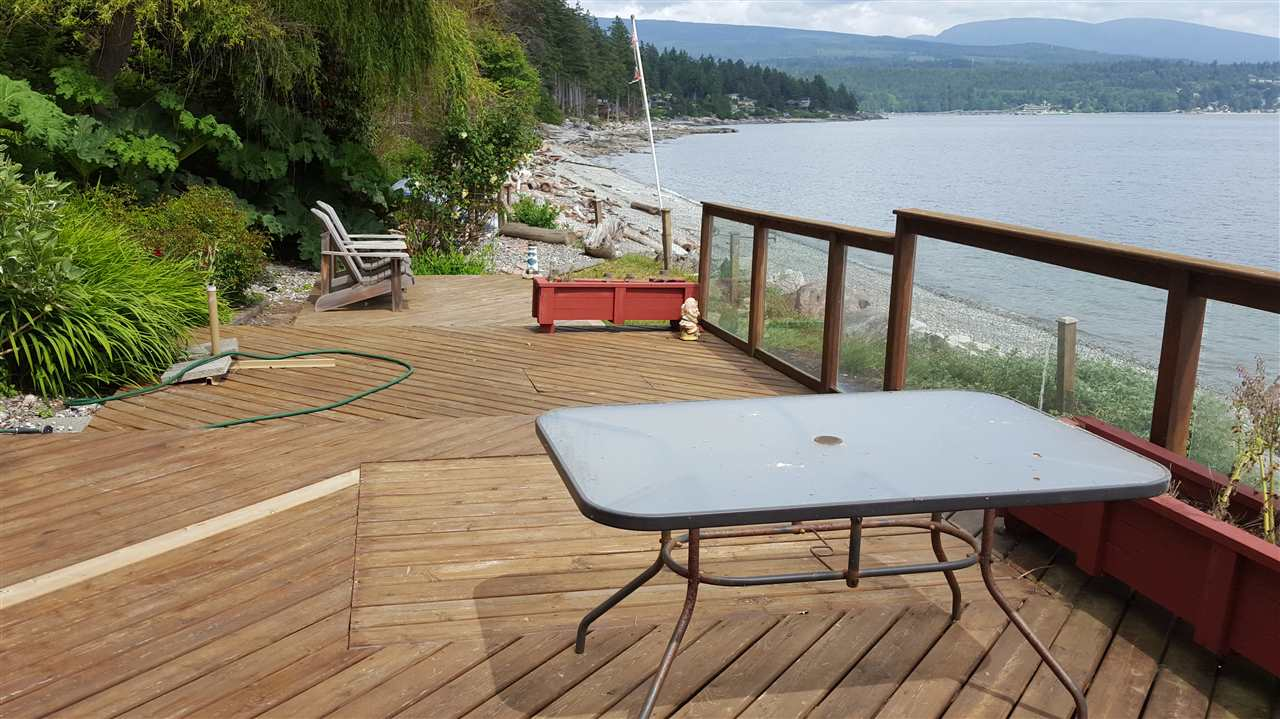 Detached at 6153 SUNSHINE COAST HIGHWAY, Sunshine Coast, British Columbia. Image 4
