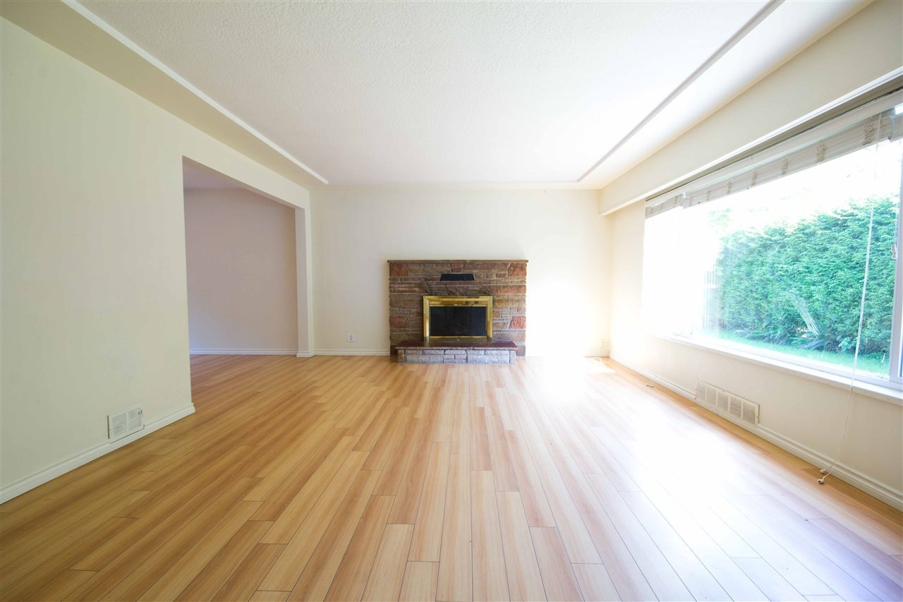 Detached at 1725 SW MARINE DRIVE, Vancouver West, British Columbia. Image 8