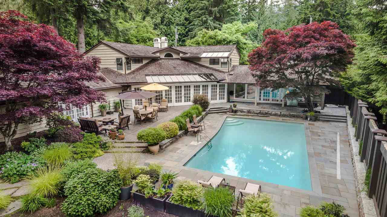 Detached at 4615 CHERBOURG DRIVE, West Vancouver, British Columbia. Image 1