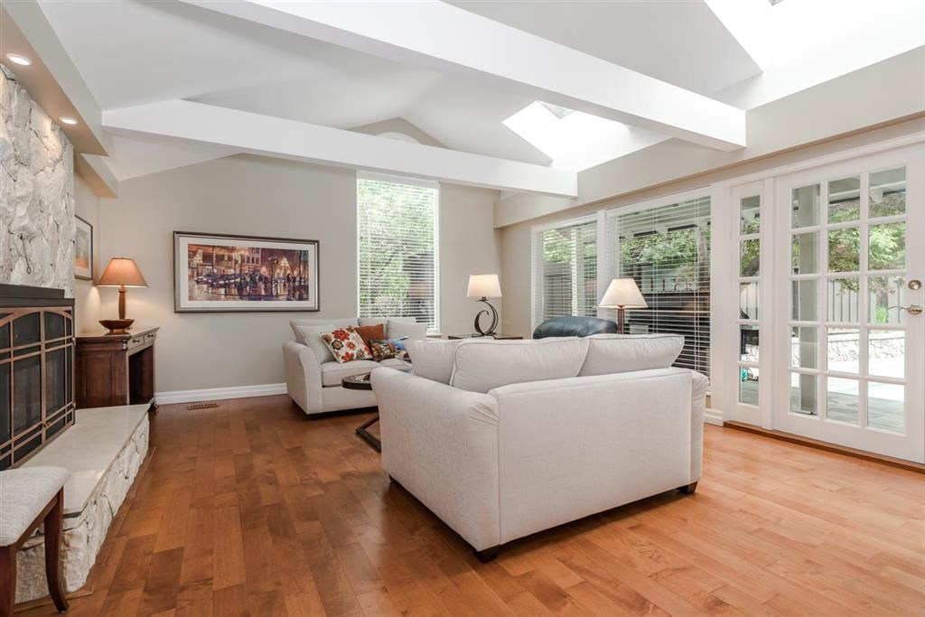 Detached at 4615 CHERBOURG DRIVE, West Vancouver, British Columbia. Image 6
