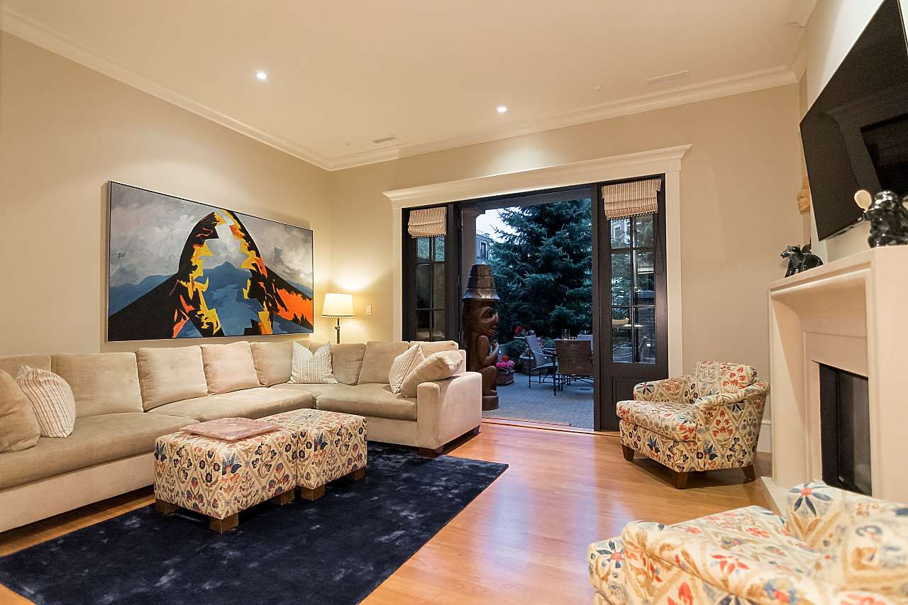 Townhouse at 3248 GRANVILLE STREET, Vancouver West, British Columbia. Image 6