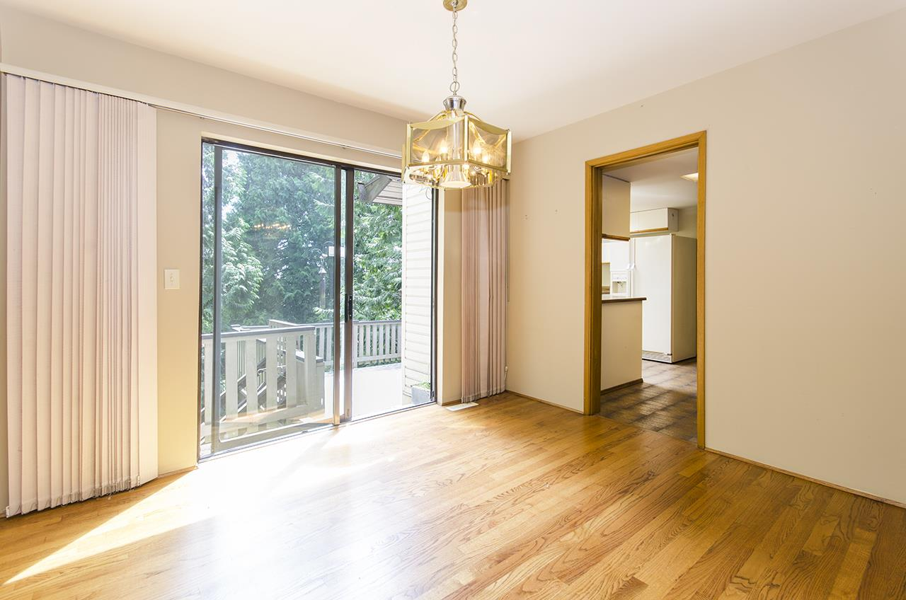 Detached at 8330 NELSON AVENUE, Burnaby South, British Columbia. Image 4
