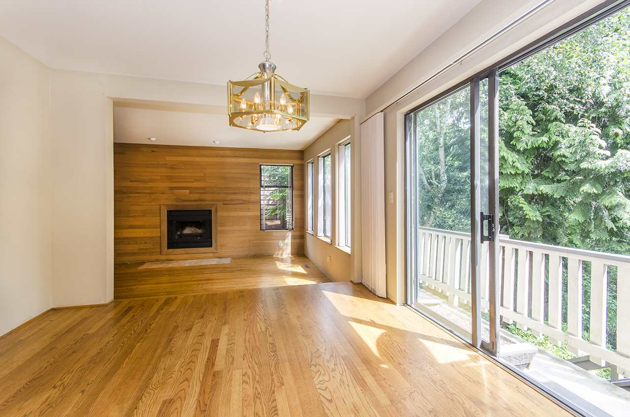 Detached at 8330 NELSON AVENUE, Burnaby South, British Columbia. Image 6