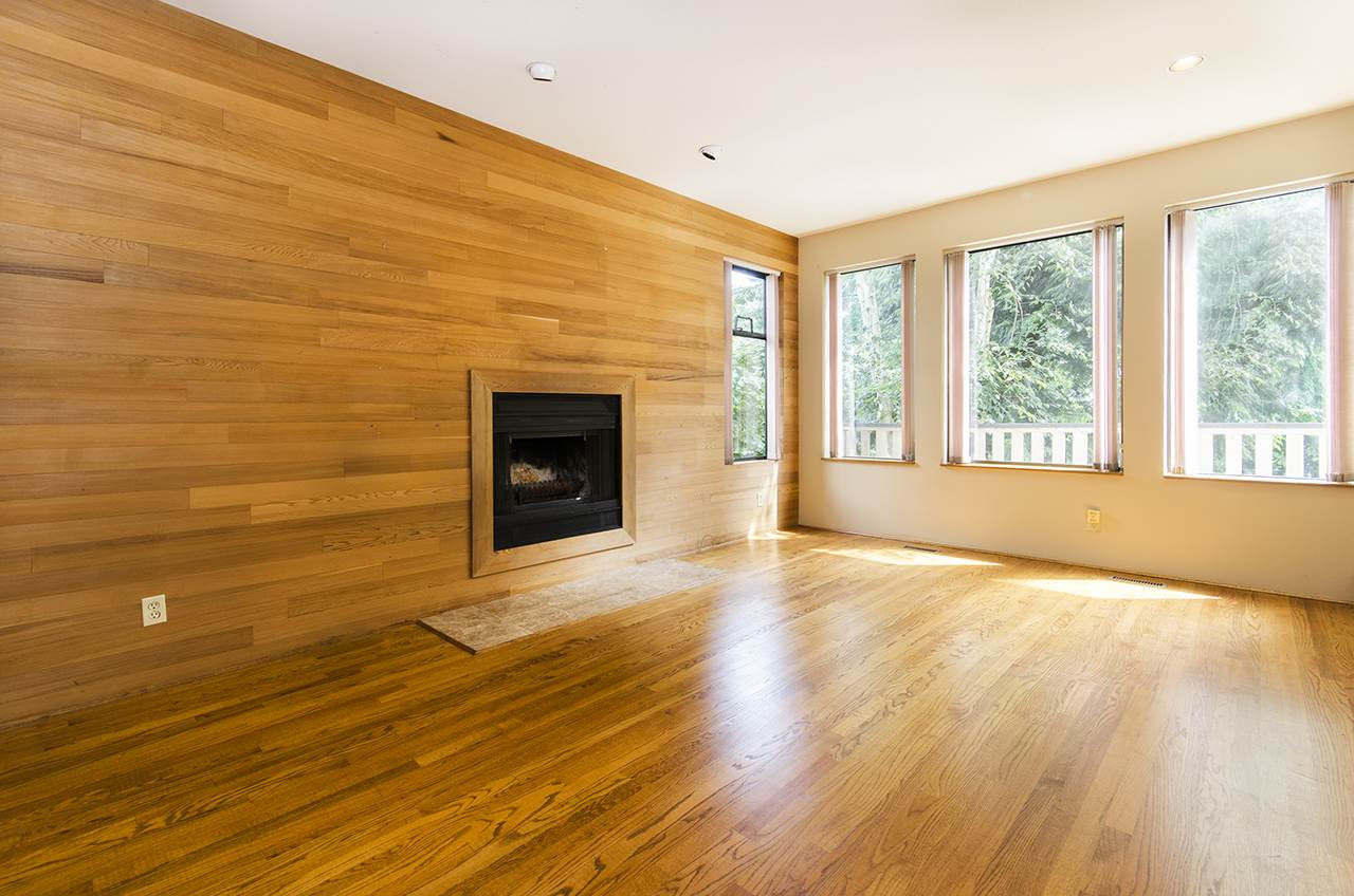 Detached at 8330 NELSON AVENUE, Burnaby South, British Columbia. Image 10