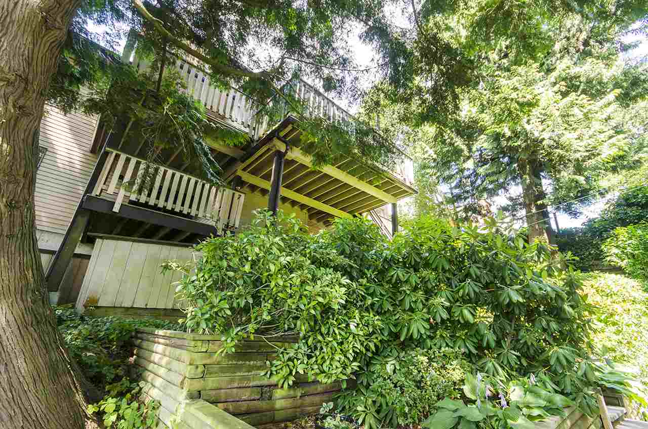 Detached at 8330 NELSON AVENUE, Burnaby South, British Columbia. Image 16