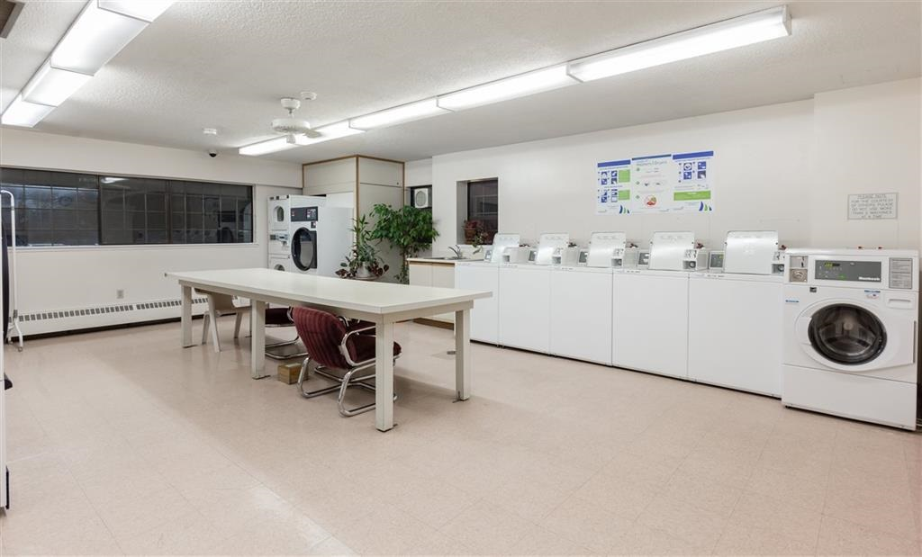 Condo Apartment at 204 6611 MINORU BOULEVARD, Unit 204, Richmond, British Columbia. Image 12