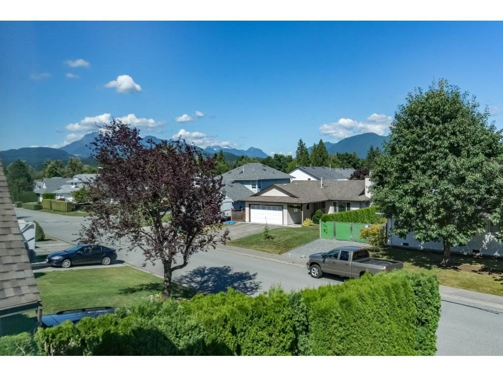 Detached at 12161 CHERRYWOOD DRIVE, Maple Ridge, British Columbia. Image 20