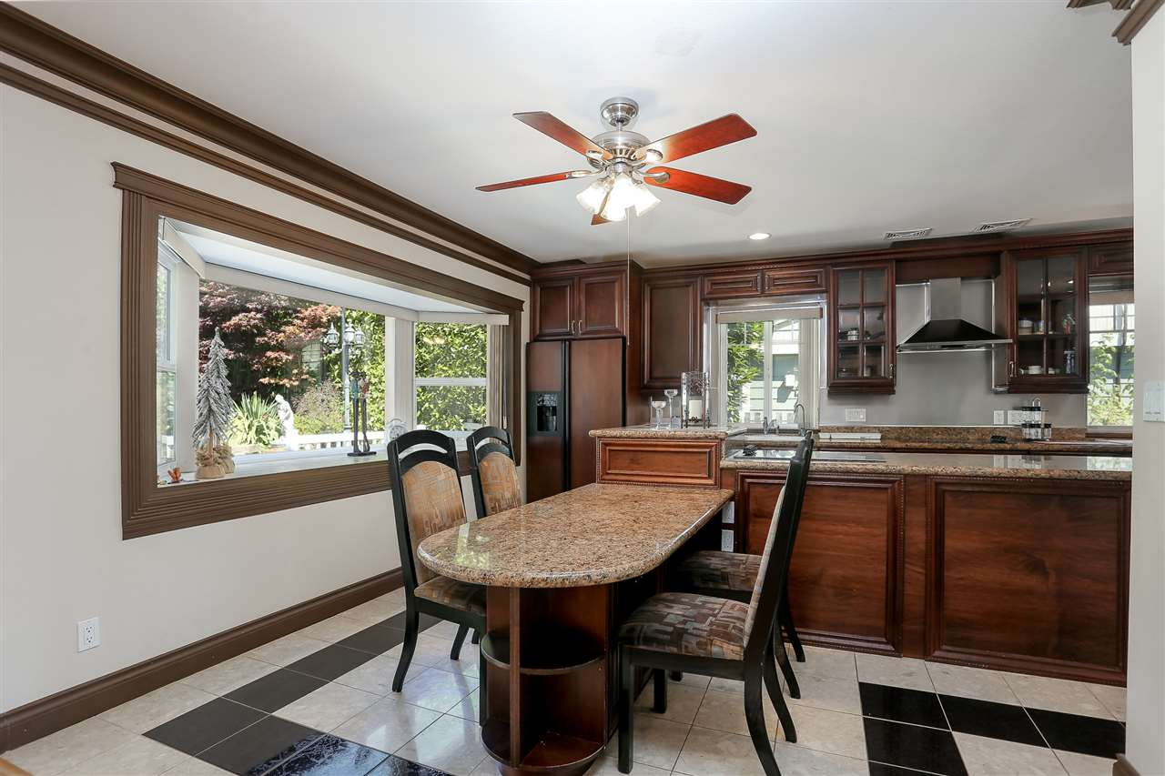 Detached at 4375 WINNIFRED STREET, Burnaby South, British Columbia. Image 7