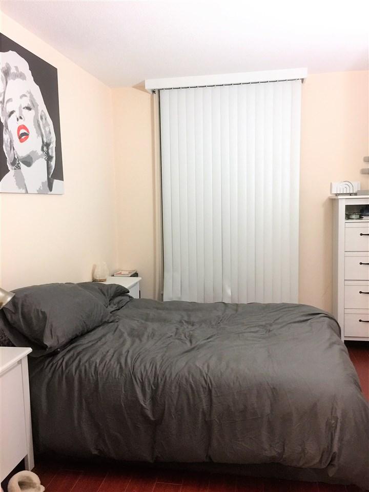 Condo Apartment at 2007 1188 HOWE STREET, Unit 2007, Vancouver West, British Columbia. Image 10
