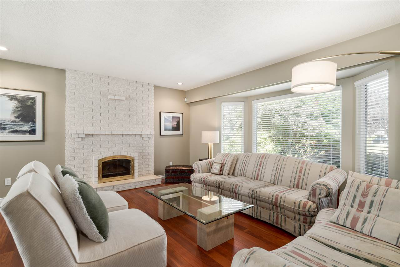Detached at 8760 DEMOREST DRIVE, Richmond, British Columbia. Image 2