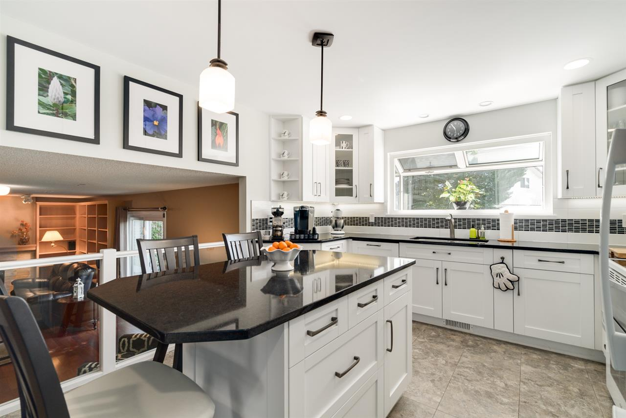 Detached at 8760 DEMOREST DRIVE, Richmond, British Columbia. Image 7