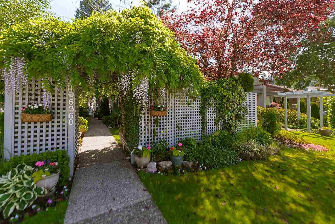 Half-duplex at 6360 DOUGLAS STREET, West Vancouver, British Columbia. Image 19