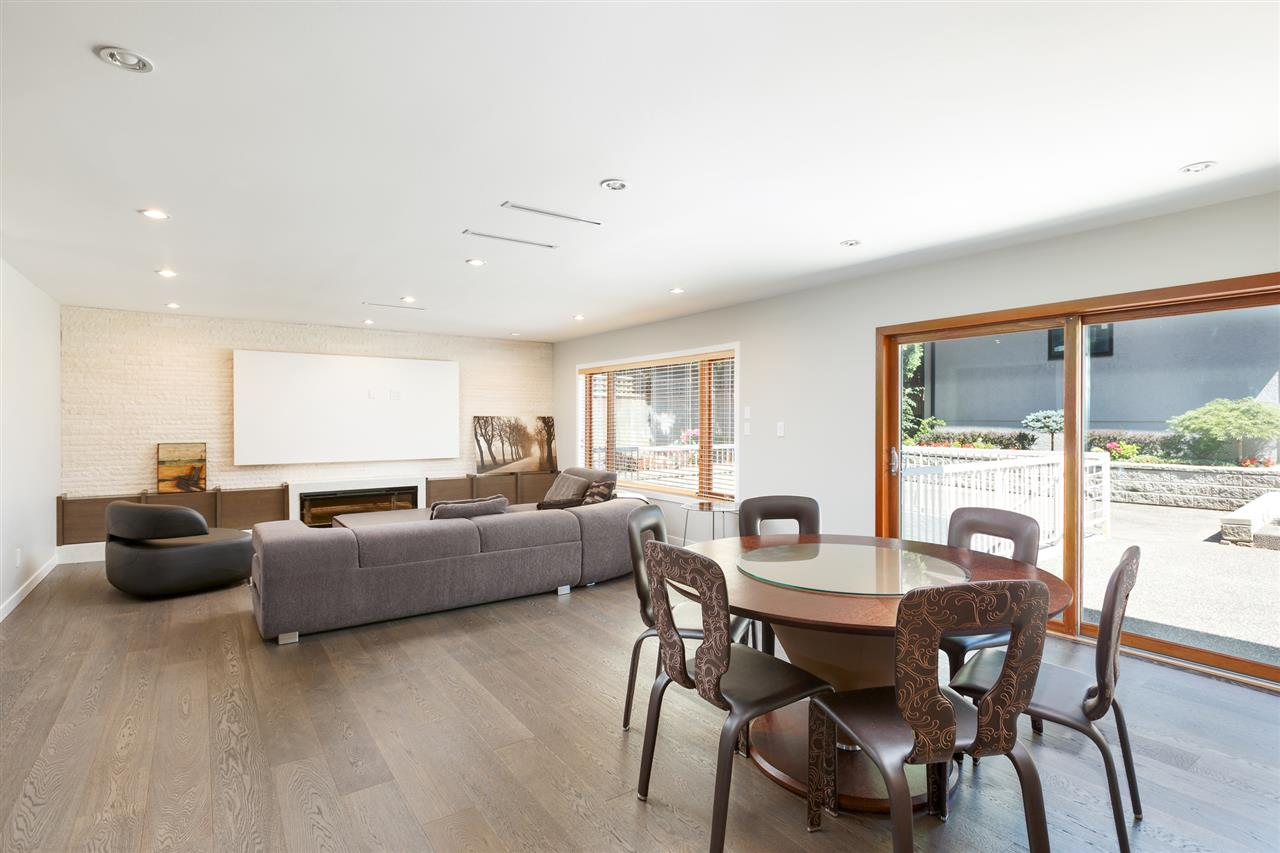 Detached at 5662 MAPLE STREET, Vancouver West, British Columbia. Image 6