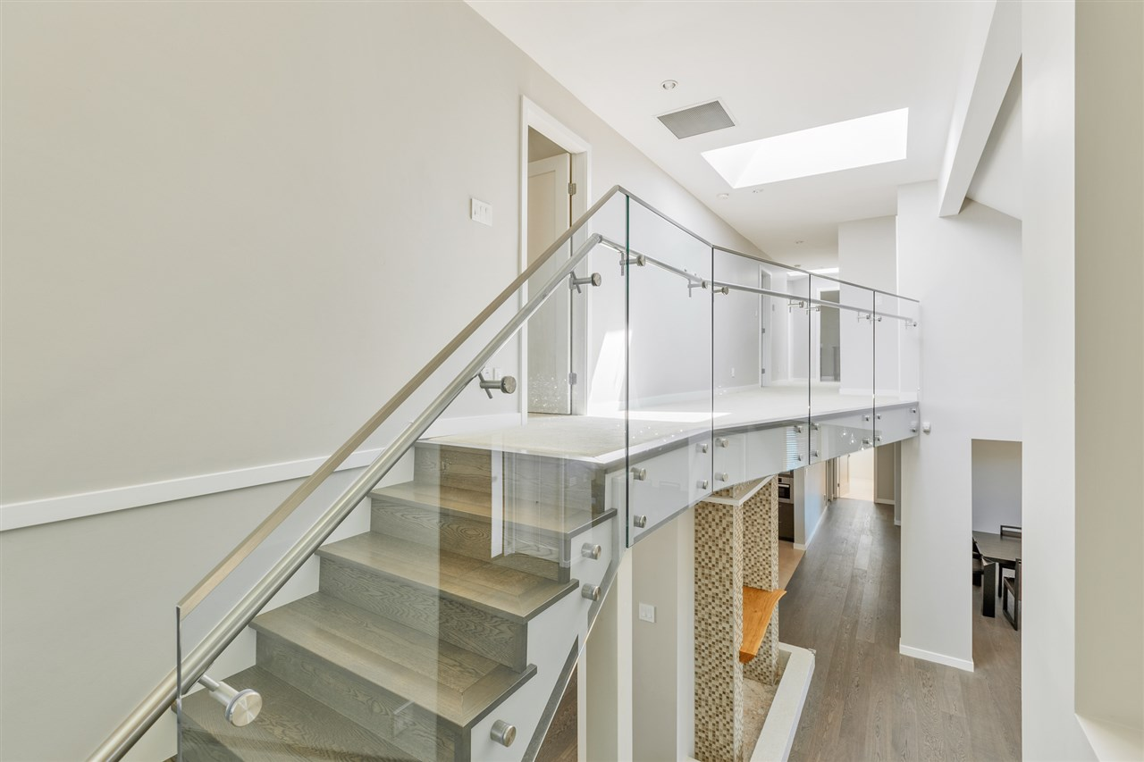 Detached at 5662 MAPLE STREET, Vancouver West, British Columbia. Image 11