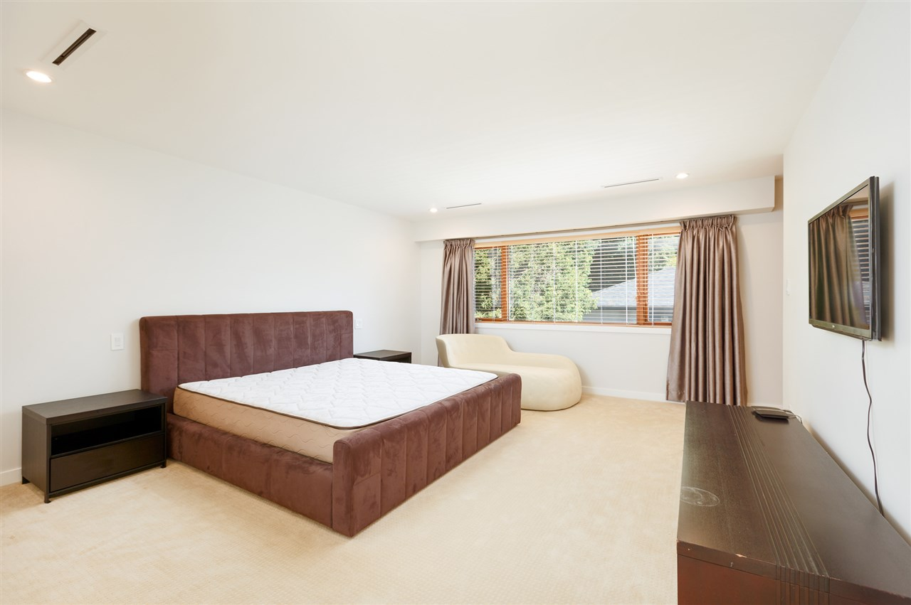 Detached at 5662 MAPLE STREET, Vancouver West, British Columbia. Image 13