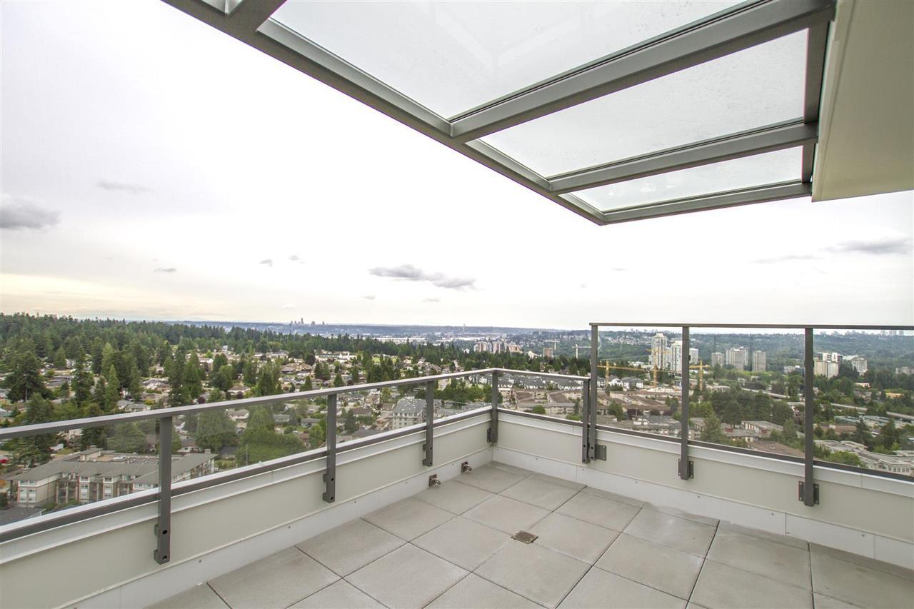 Condo Apartment at PH 3004 570 EMERSON STREET, Unit PH 3004, Coquitlam, British Columbia. Image 1