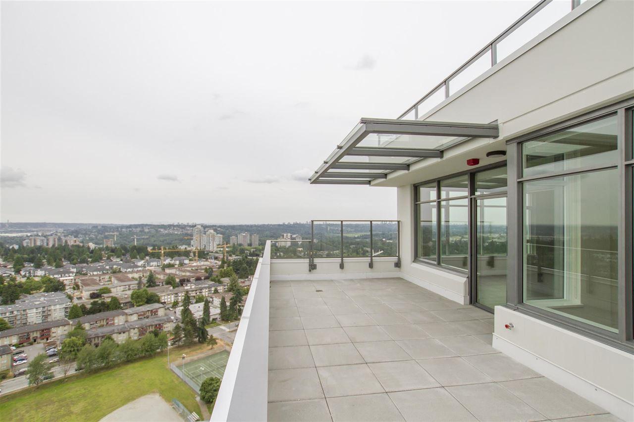 Condo Apartment at PH 3004 570 EMERSON STREET, Unit PH 3004, Coquitlam, British Columbia. Image 2