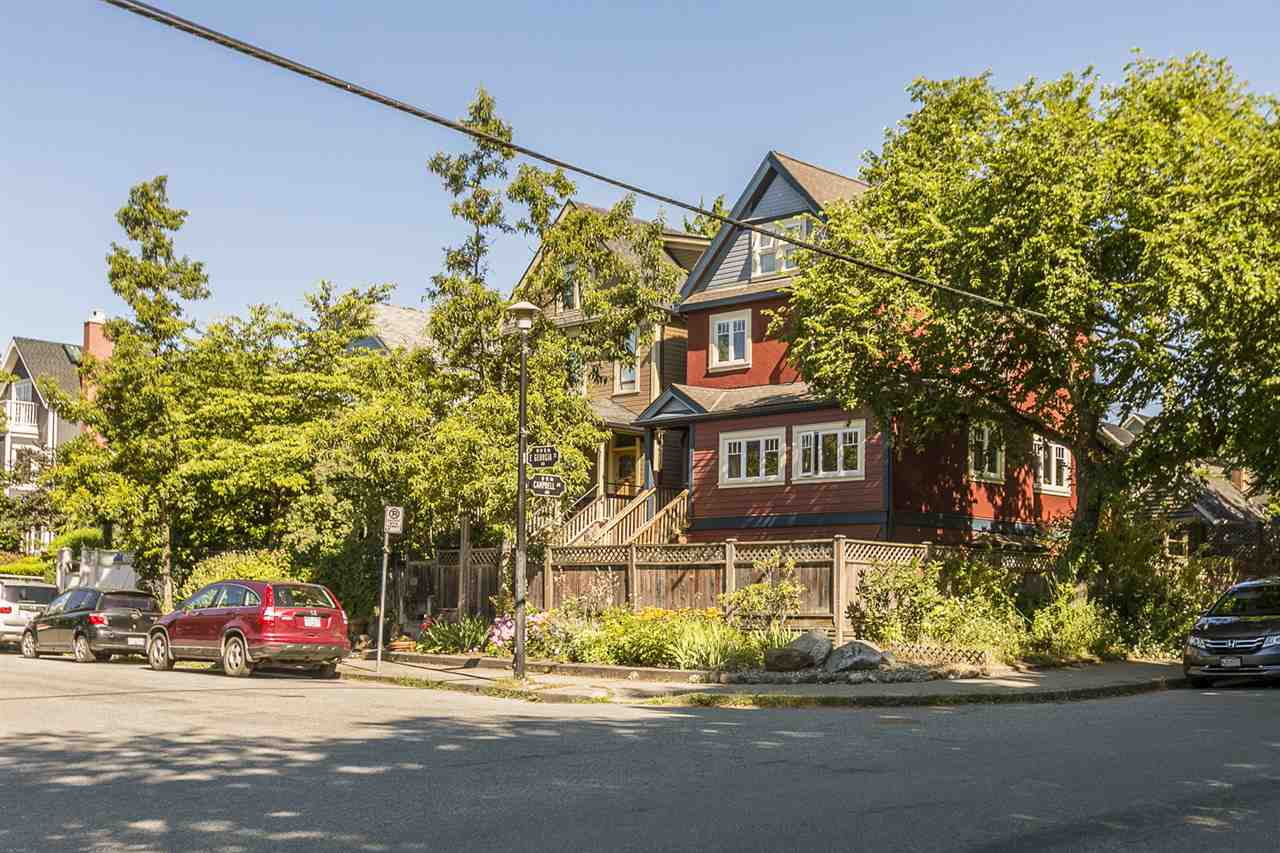 Detached at 644 HAWKS AVENUE, Vancouver East, British Columbia. Image 4