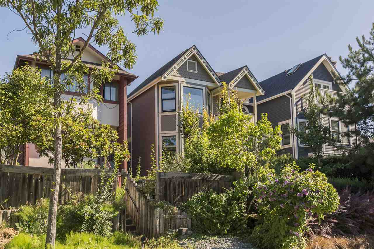 Detached at 644 HAWKS AVENUE, Vancouver East, British Columbia. Image 11