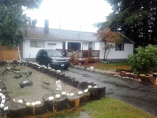 Detached at 10540 ARAGON ROAD, Richmond, British Columbia. Image 2