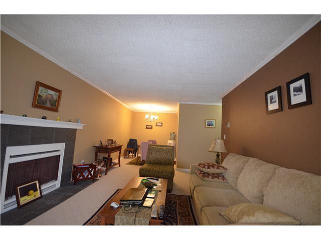 Condo Apartment at 509 9890 MANCHESTER DRIVE, Unit 509, Burnaby North, British Columbia. Image 3