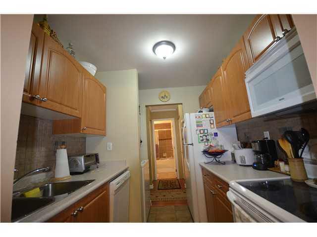 Condo Apartment at 509 9890 MANCHESTER DRIVE, Unit 509, Burnaby North, British Columbia. Image 5