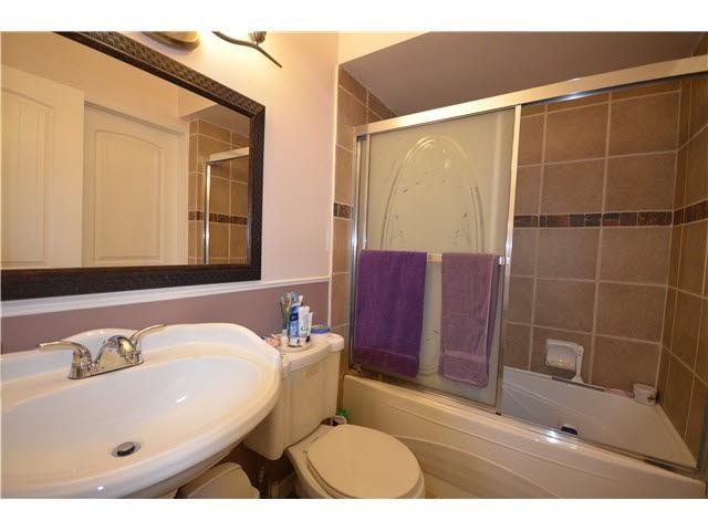 Condo Apartment at 509 9890 MANCHESTER DRIVE, Unit 509, Burnaby North, British Columbia. Image 6