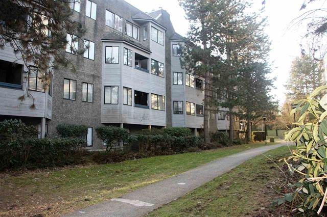 Condo Apartment at 509 9890 MANCHESTER DRIVE, Unit 509, Burnaby North, British Columbia. Image 10